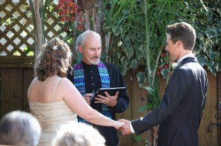 Backyard ceremony (Schneider photo)