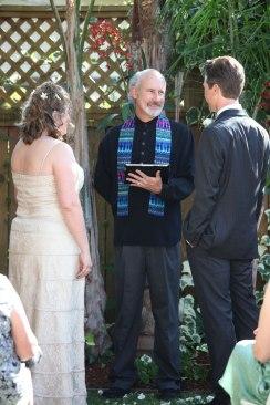 Backyard Ceremony (Karen Schneider photo)