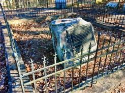 Grave of Junaluska and Nicie